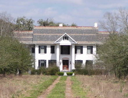 This house was expanded from dismantaled house from Houston by the Scanlin sisters.